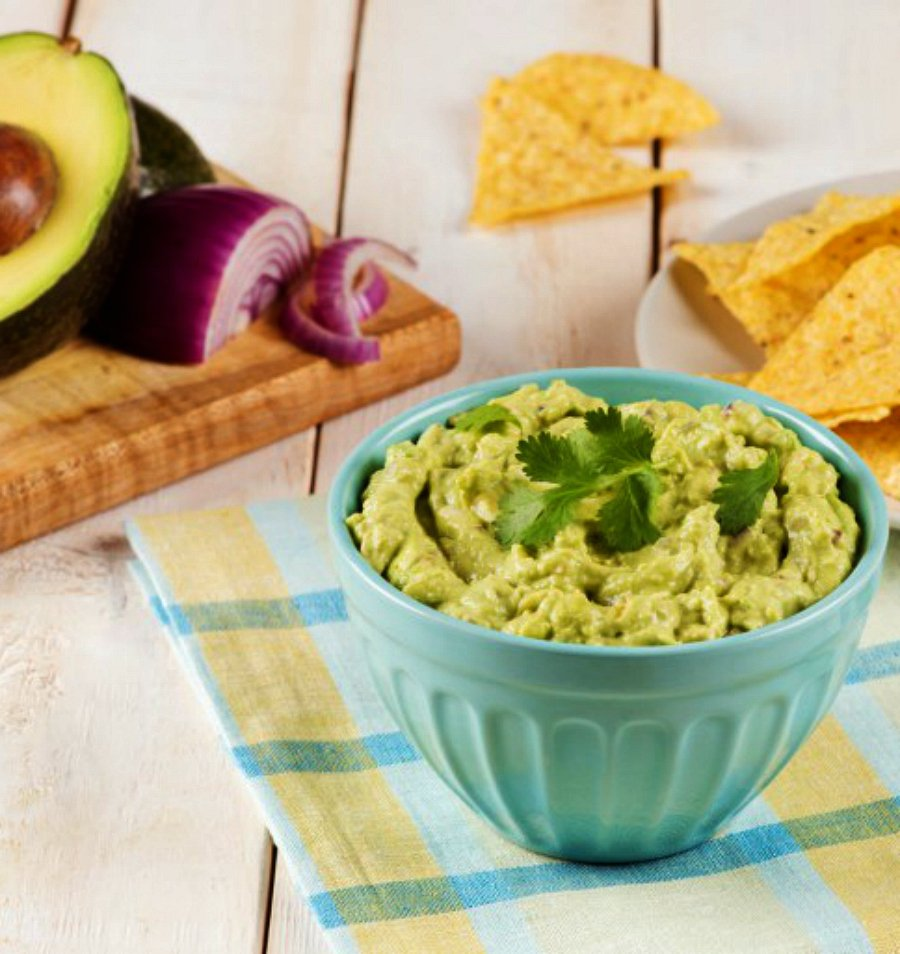 Green-Chile-and-Avocado-Dip
