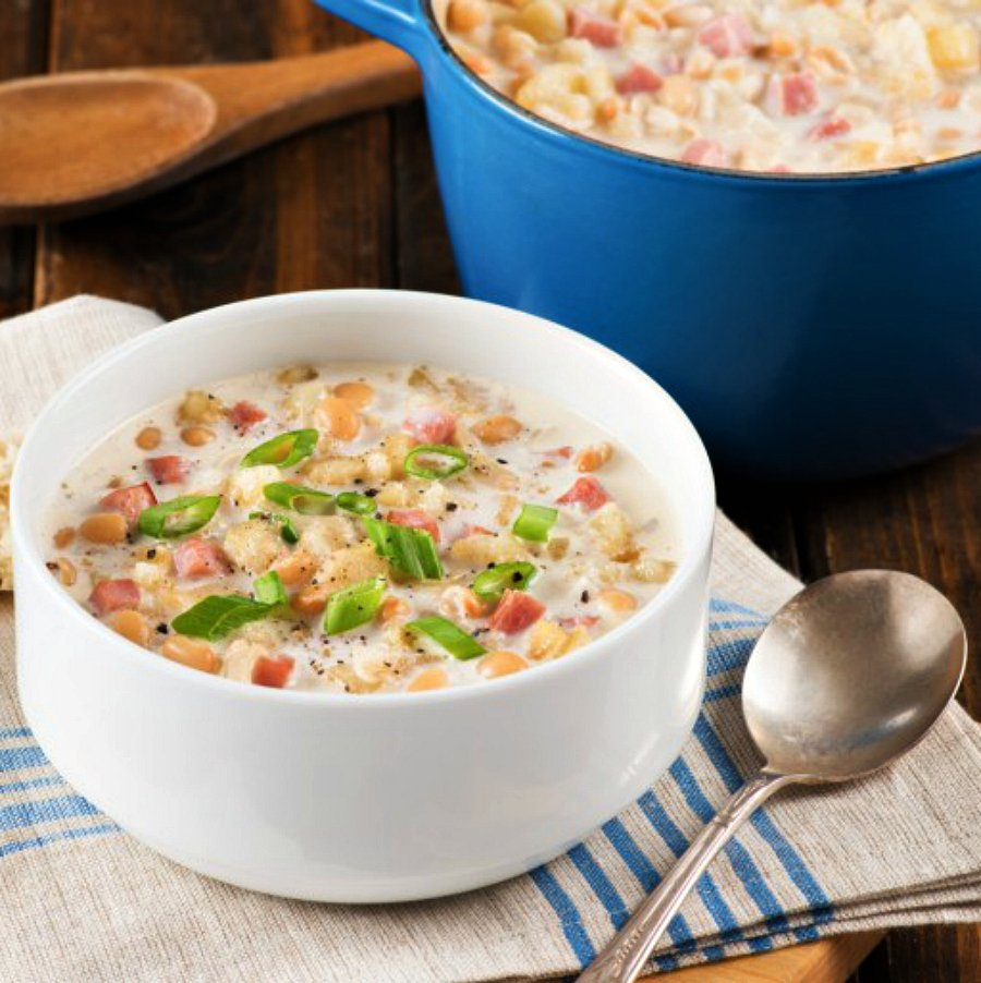 Hatch-Chile-Co.-Ham-and-Navy-Bean-Soup